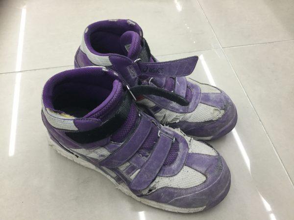使用済みの安全靴 アシックス FIS42S