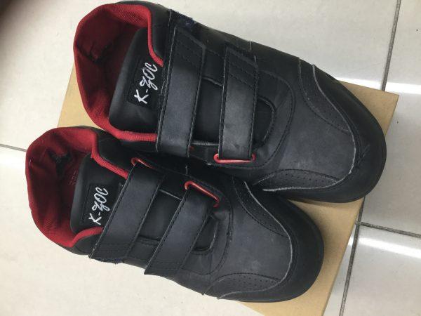 使用済みの安全靴 ケイゾック KZS-1300